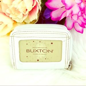 Buxton ™️ Small Card Wallet